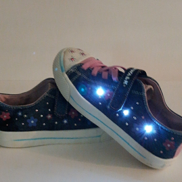 Airwalk Shoes | Girls Airwalk Light Up